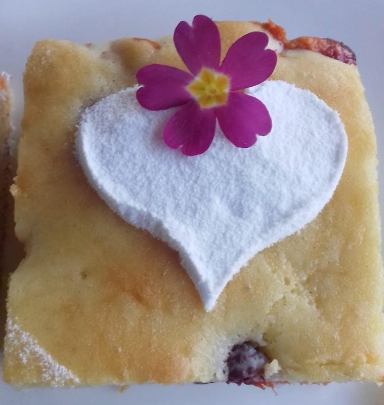 Овошен кревок колач