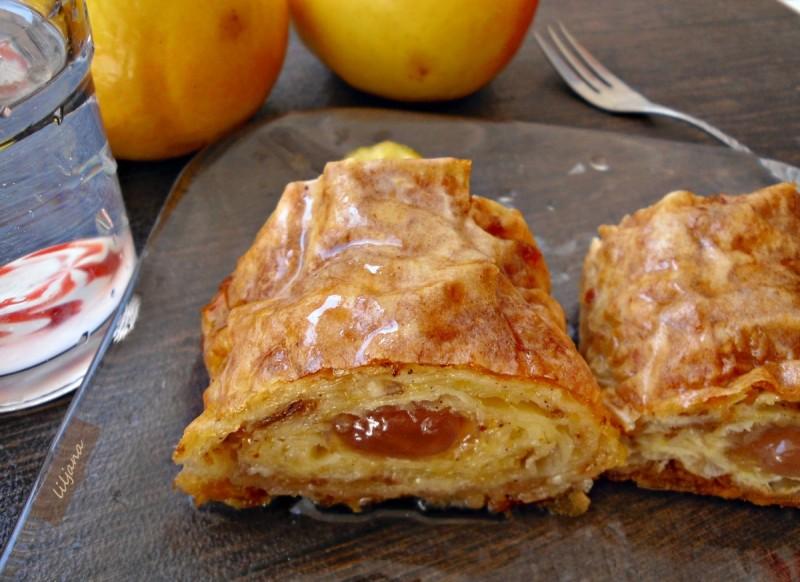 Парена пита со локум, јаболка и ореви