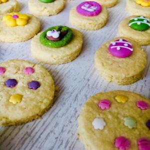 Велигденски бисквити