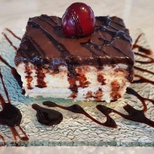 Брза торта со пудинг и шлаг (без печење) - Еклер торта