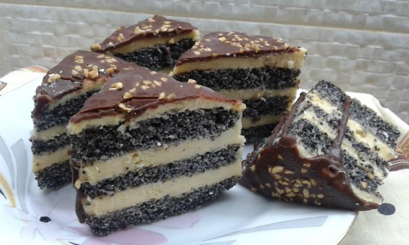 Тортици со афион