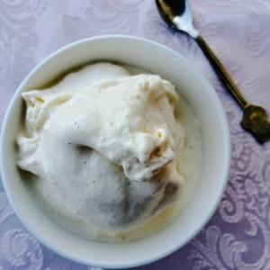 Сладолед со маскарпоне и мед (без шеќер)
