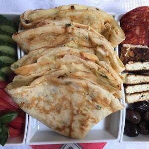 Палачинки со тиквички и сирење
