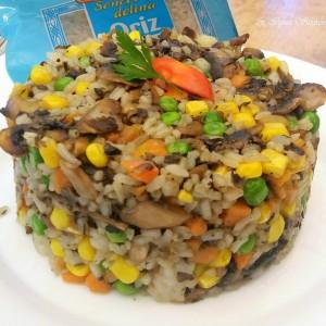 Рижото со златна мешавина и печурки (посно)