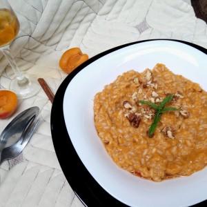 Ориз во сос од кајсии