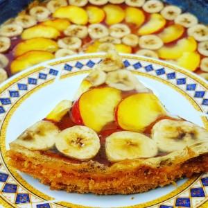 Овошен колач со прелив
