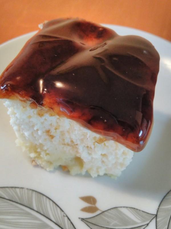 Брз колач со млеко и карамел