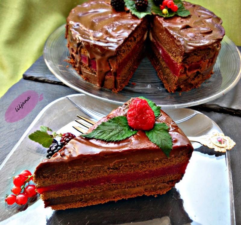 Чоколадно малинеста торта