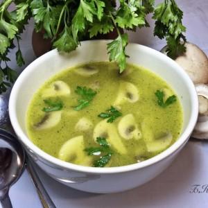 Крем супа од печурки и зеленчук
