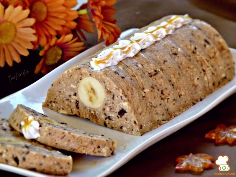 Чоко алва колач со банана (без печење)