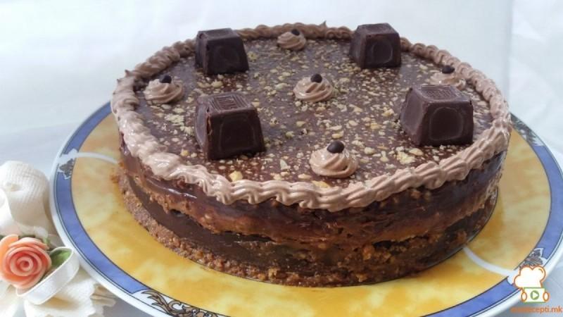 Дониа сникерс торта