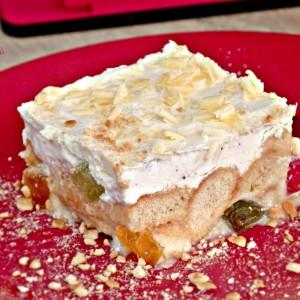 Бела 5 - Млечен колач со желе бонбони (без печење)