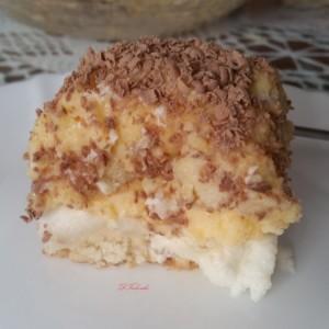 Парадижот-шненокли со чајни колачиња
