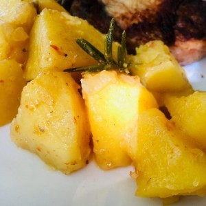 Прилог од компир со рузмарин