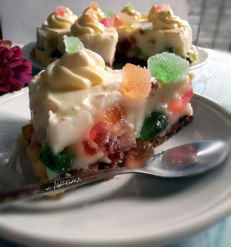 Чизкејк мозаик со желе бонбони