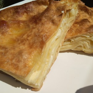 Варен бурек со путер