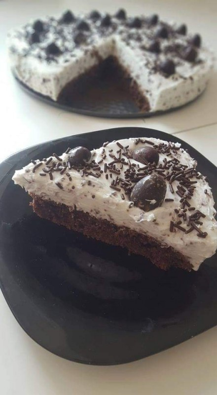 Чоколаден браунис чизкејк
