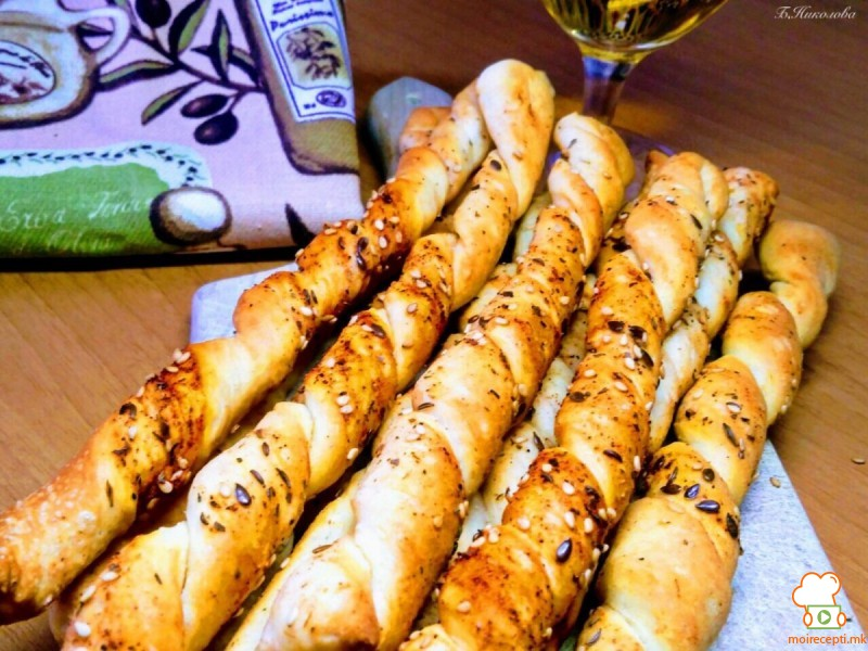 Грисини со зачини и маслинов зејтин (посно)