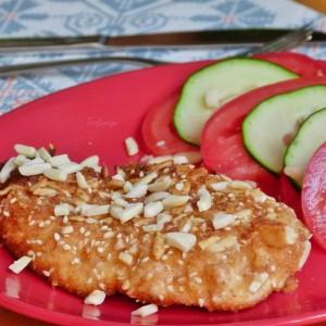 Путер пилешки гради со бадеми
