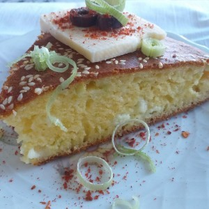 Солена торта со праз и пржена сланина