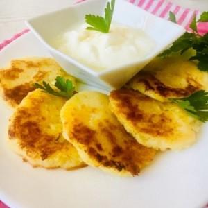 Мали солени палачинки со компир