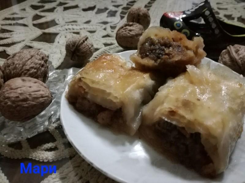 Баклава со алва и бисквити (посно)