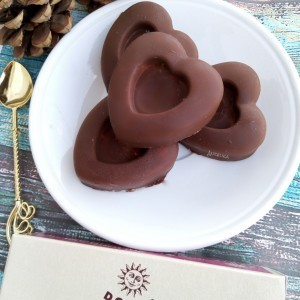 Чоколадни бонбони со желе и кокос