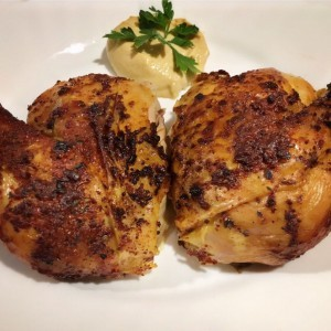 Печено пиле со зачини