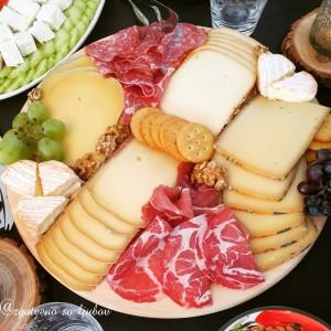 Даска со сирења - правилно редење