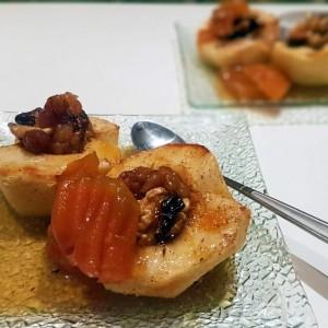 Печени јаболка со слатко од тиква