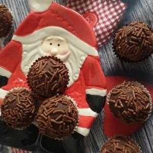 Тартуфи со темно чоколадо
