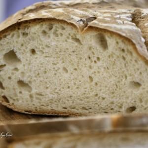 Домашен леб (со Лиевито Мадре)