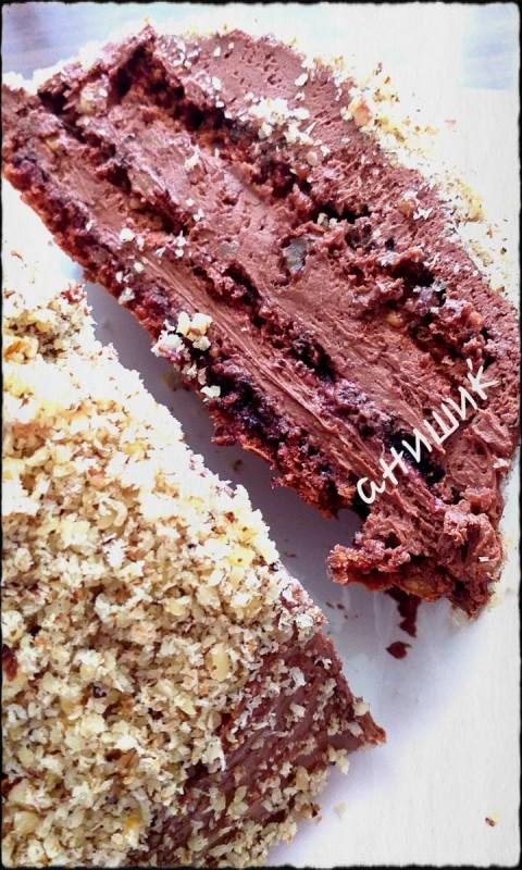 Чоколадна торта со презла