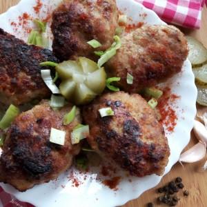 Ќофтиња со компир и мелено месо (рецепт од мојата баба)