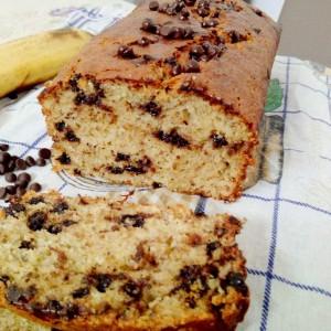 Банана леб со какао капки