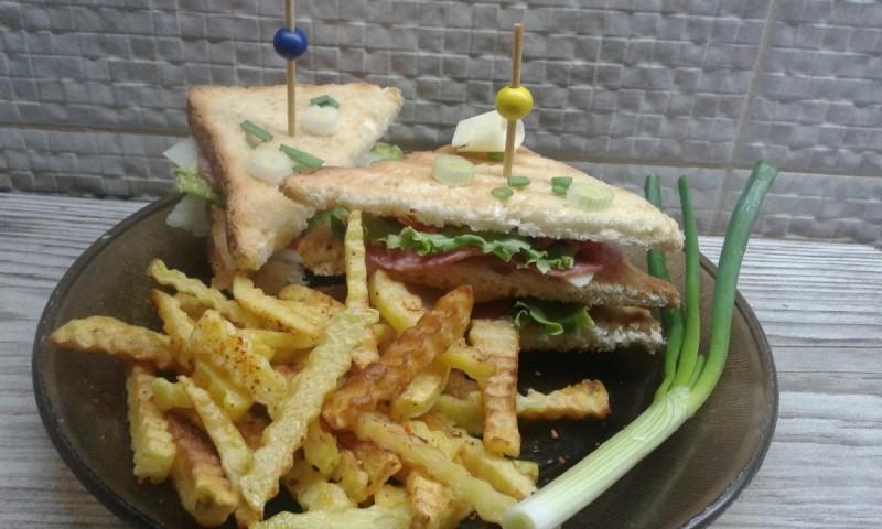 Клуб сендвичи од рерна