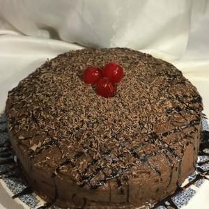 Чоколадна торта со ананас (посно, без масло)