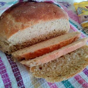 Леб со мед и сончоглед (посно)