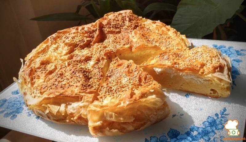 Гибаница со пченкарно брашно