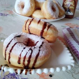 Слатки крофни со бело вино