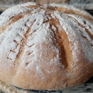 Млечен декоративен леб