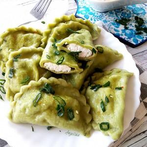 Зелени вареники со урда-изварка (украинска кујна)