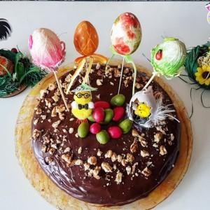 Велигденска чоколадна торта (без миксер)