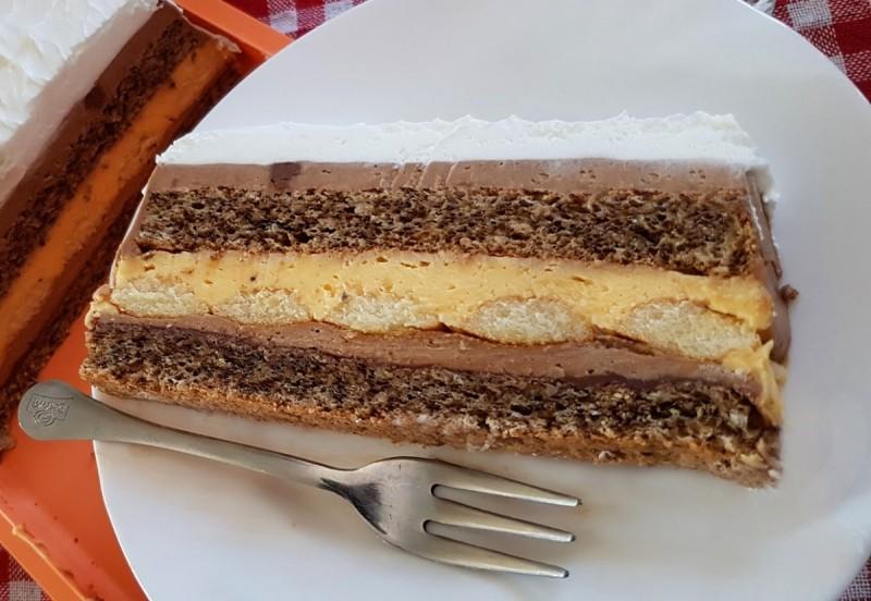 Киндер пудинг торта