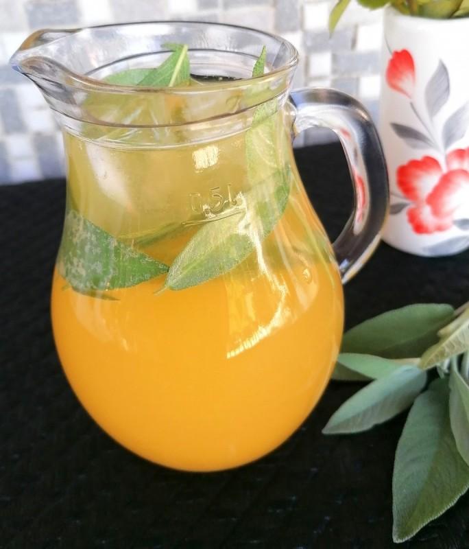Лимонада со жалфија