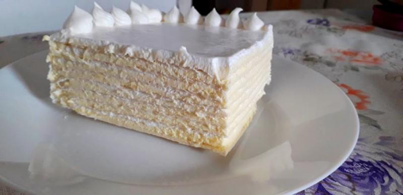 Торта Бел Ангел со розен кори