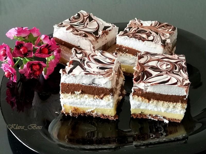 Бисквитни монте коцки