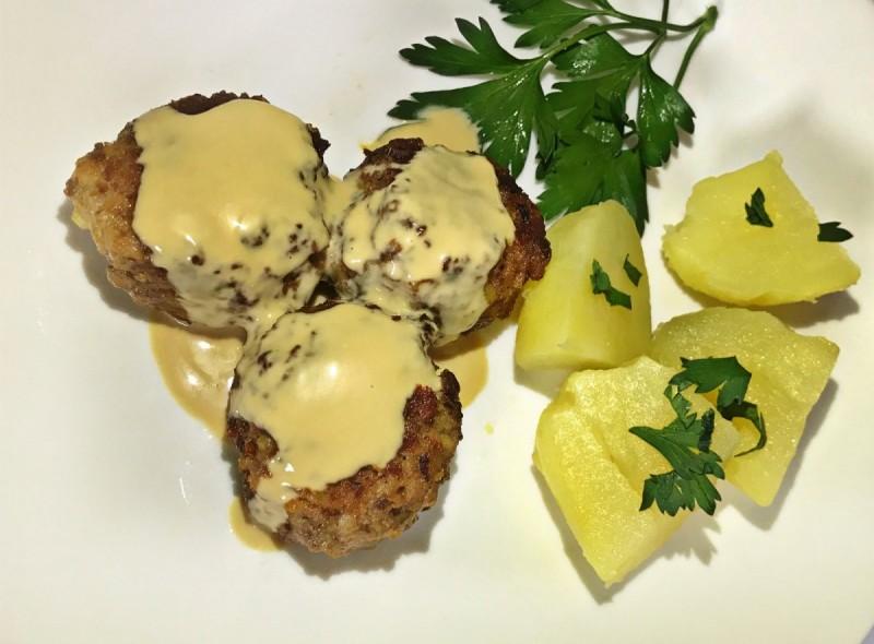 Шведски ќофтиња - ќофтиња со месо и компир
