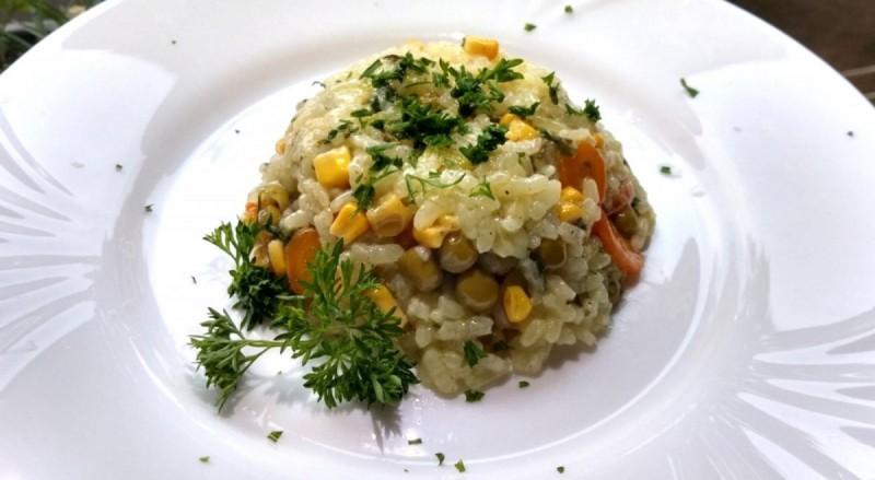 Ориз со зеленчук
