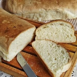 Домашен бел леб